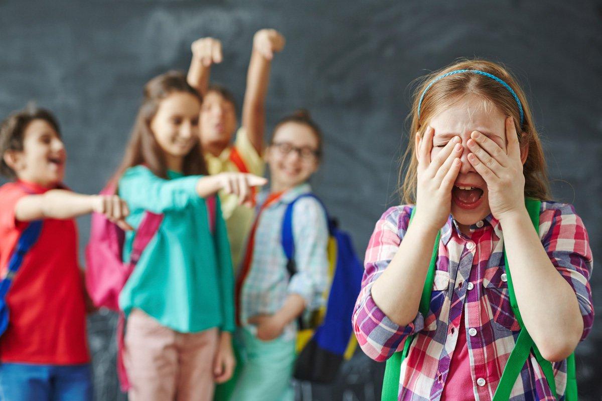 Cara Bunga Mengatasi Bullying Dari Teman Sekolah